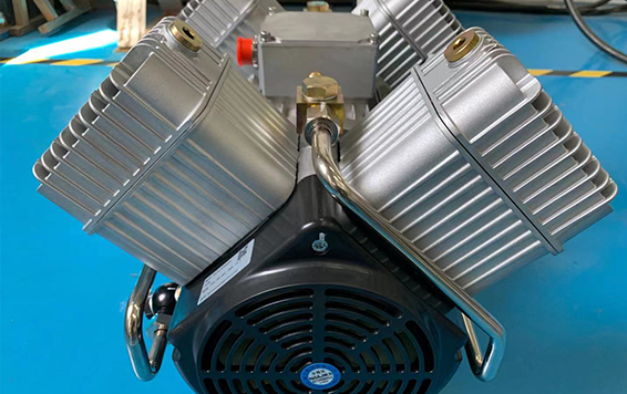 Video of TV series Oilfree piston compressors is on Line now!